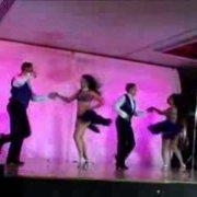 Маркус Ньевес с танцорами Эдди Торреса